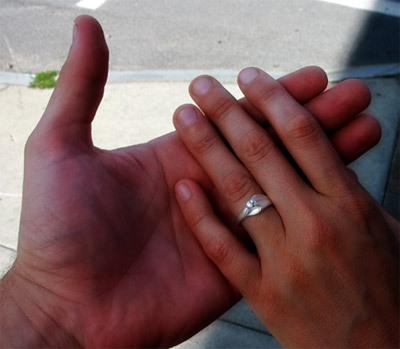 Hands_rings